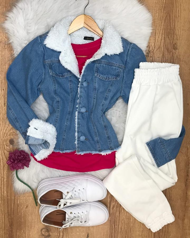 Jaqueta Jeans Forrada de Pelinhos Clara