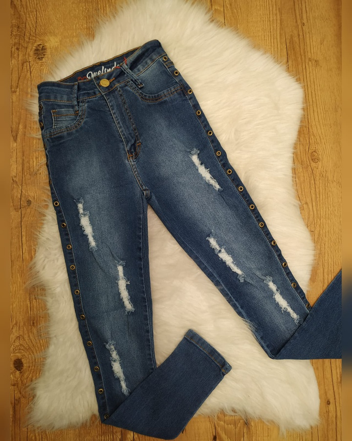 Calça Jeans Melinda Ilhós na Lateral