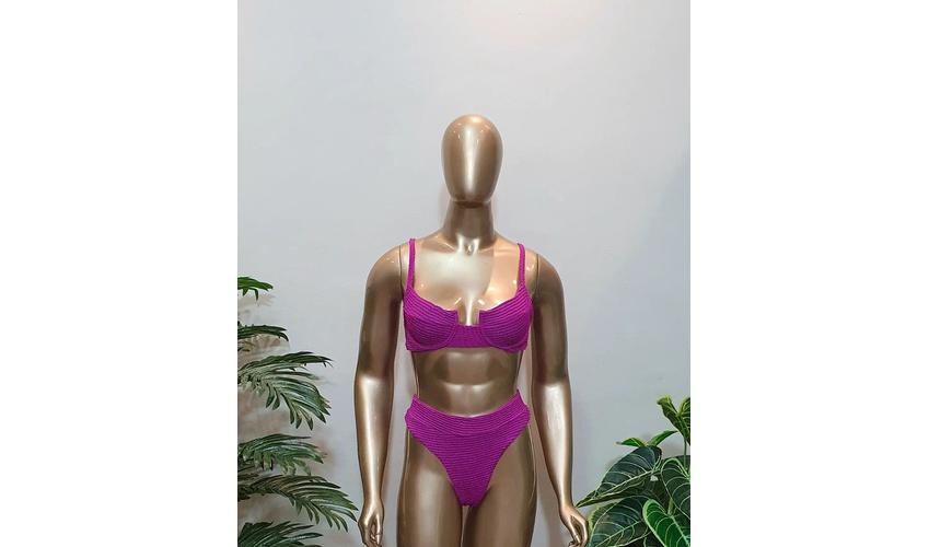 Conjunto Bahamas Com Hot Pants Uva ( Mônaco )