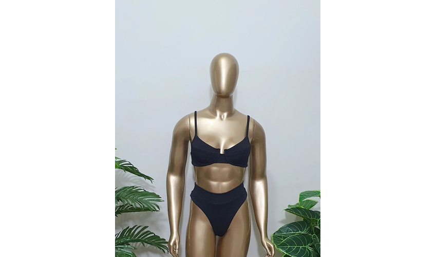 Conjunto Bahamas Com Hot Pants Preto Texturizado