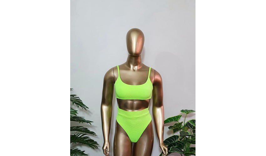 Conjunto Antonella Texturizado verde Lima ( Hot Pants )