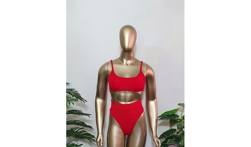 Conjunto Antonella Texturizado Vermelho ( Hot Pants )