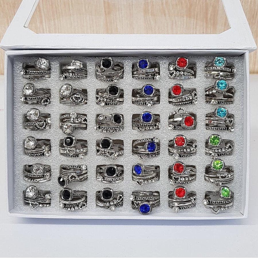 Caixa De Anéis Pandora Prata Velha