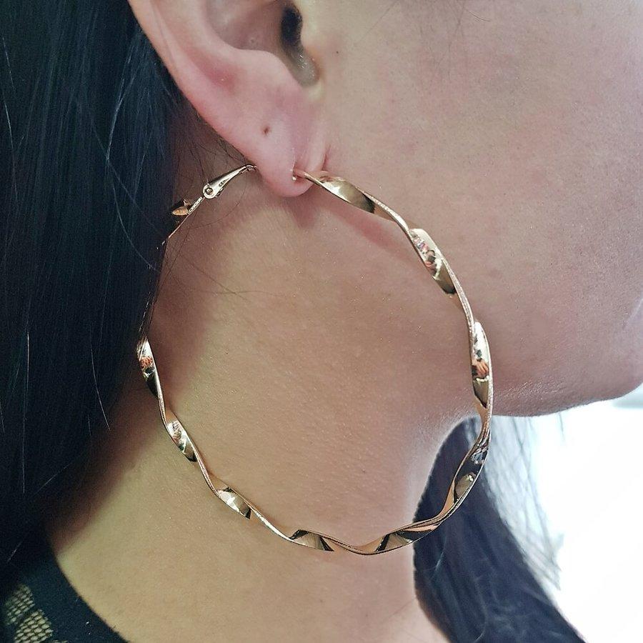Argola Maxi Espiral Dourada