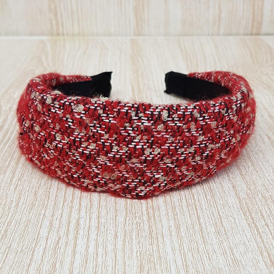 Tiara Detalhada Vermelha