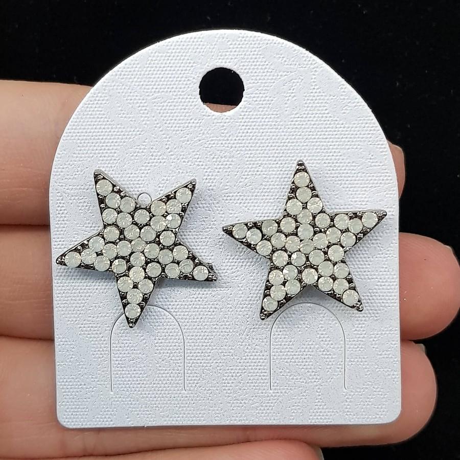 Brinco Estrela Grafite Branco Leitoso