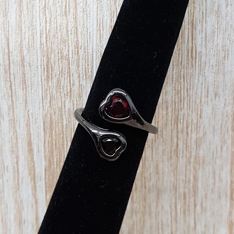 Anel Zircônia Coração Grafite Preto e Vermelho