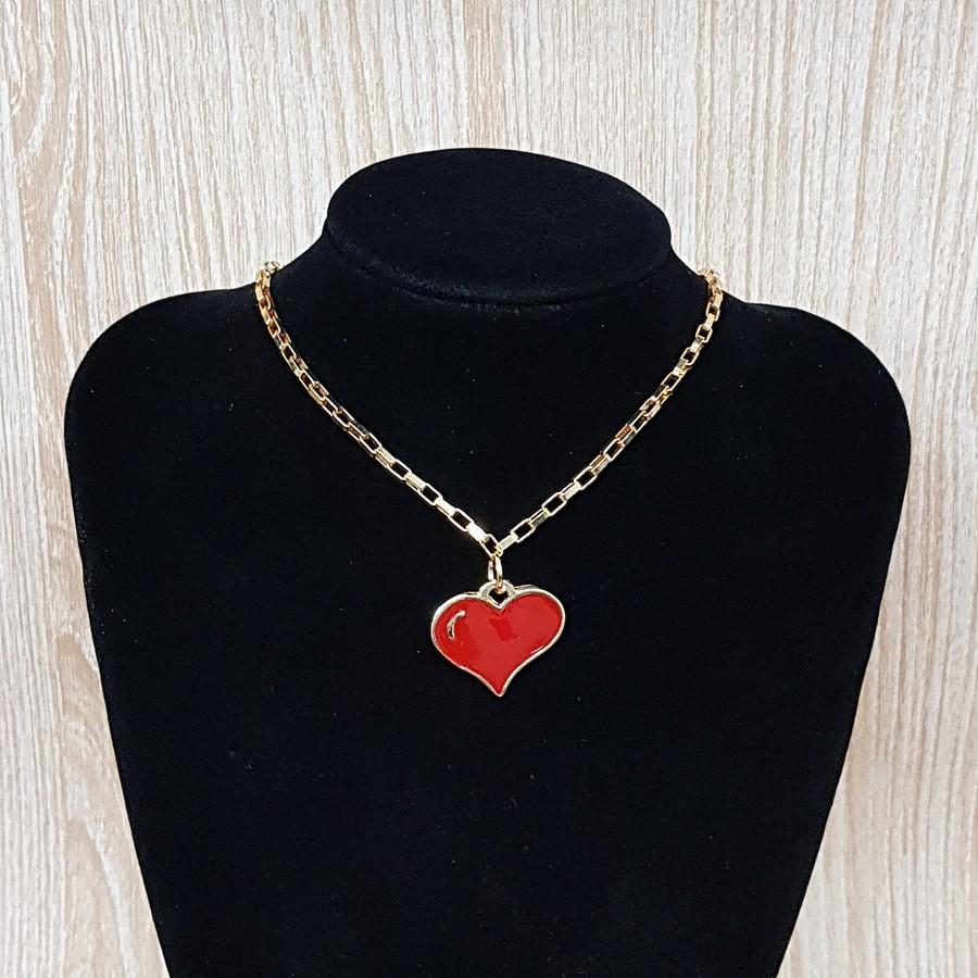 Colar Folheado Dourado Coração Esmaltado