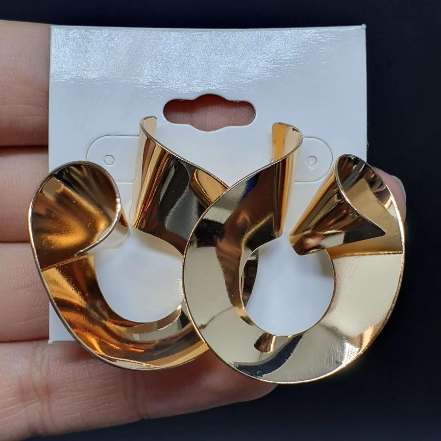 Brinco Dourado
