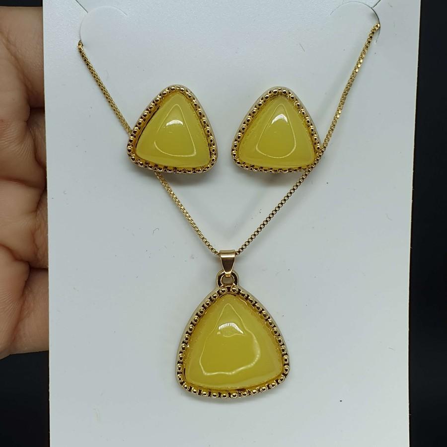 Conjunto Triângulo Dourado Mesclado Amarelo