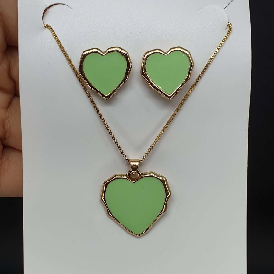 Conjunto Coração Dourado Verde