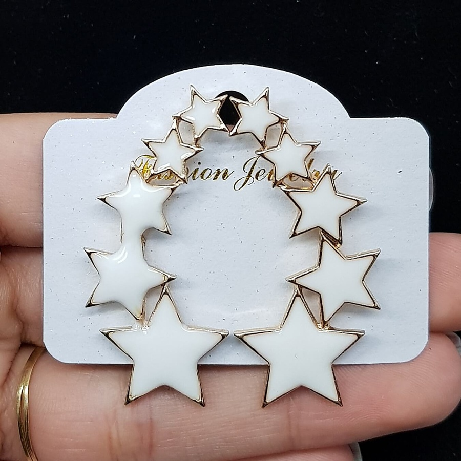 Brinco Esmaltado Estrela Dourado Branco