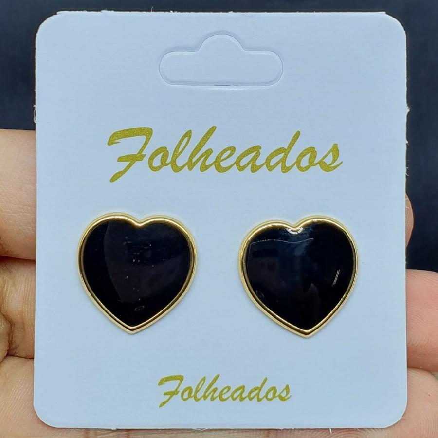 Brinco Folheado Dourado Coração Esmaltado Preto