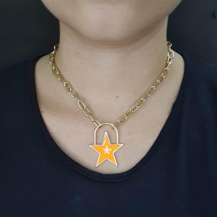 Colar Elos Estrela Esmaltada Dourada Laranja