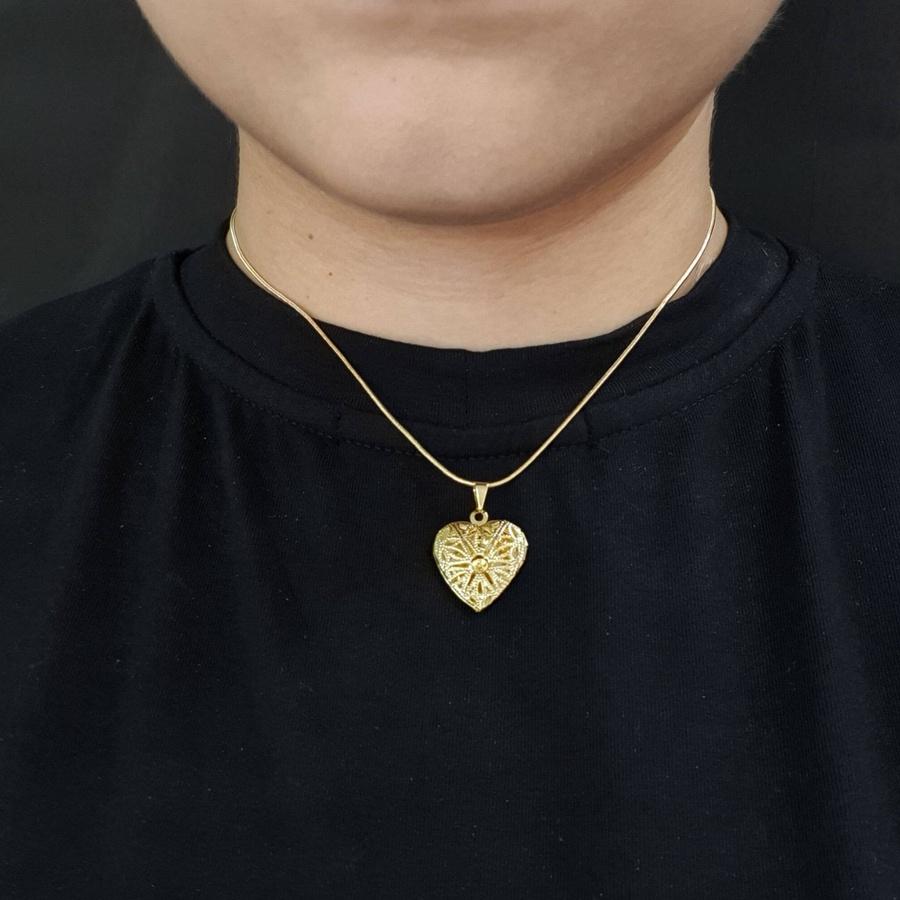 Colar Folheado Dourado Relicário Coração