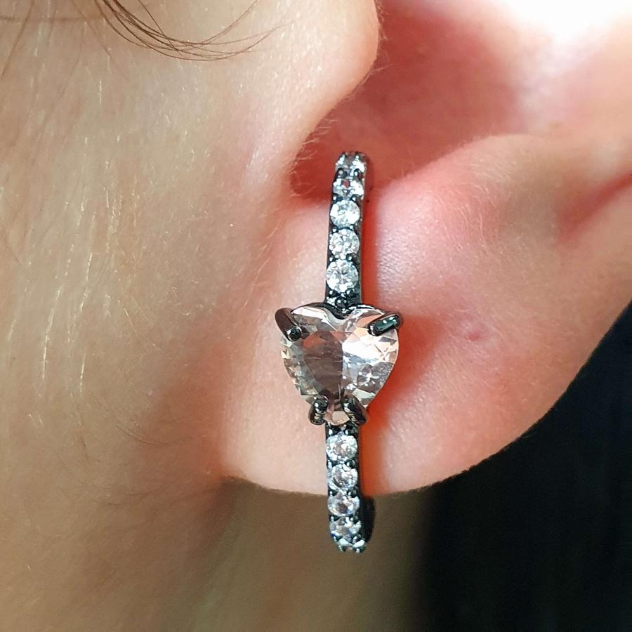 Brinco Ear Hook Semi Joia Ródio Negro Coração Rosê