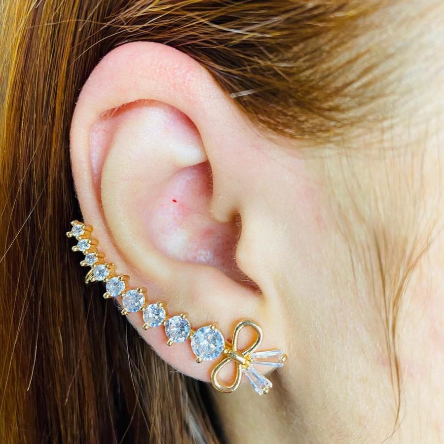 Brinco Ear Cuff Zircônia Laço Dourado