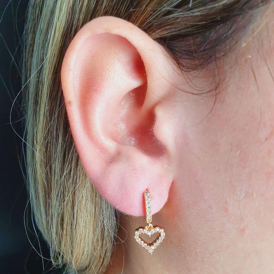 Mini Argola Zircônia Coração Dourada