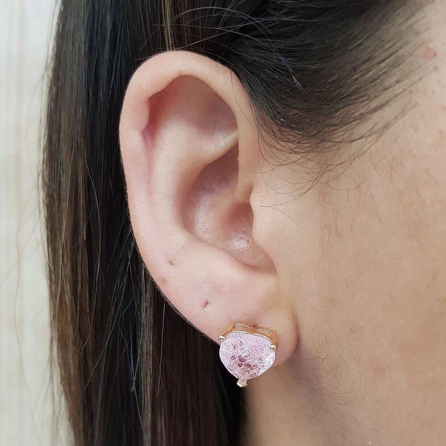 Brinco Pequeno Coração Pedra Fusion Dourado Rosa