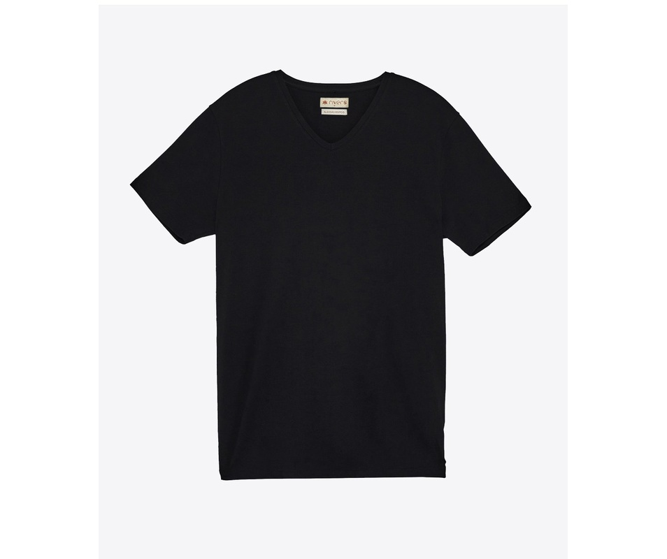 T-shirt Preta Gola V